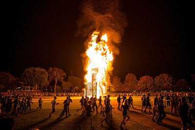 Dartmouth homecoming weekend bonfire
