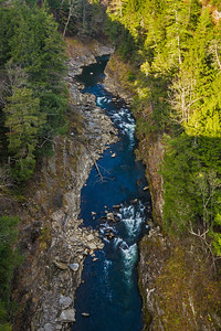 closeup of Quechee gorge