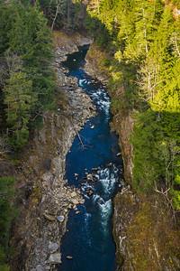 closeup of Quechee gorge