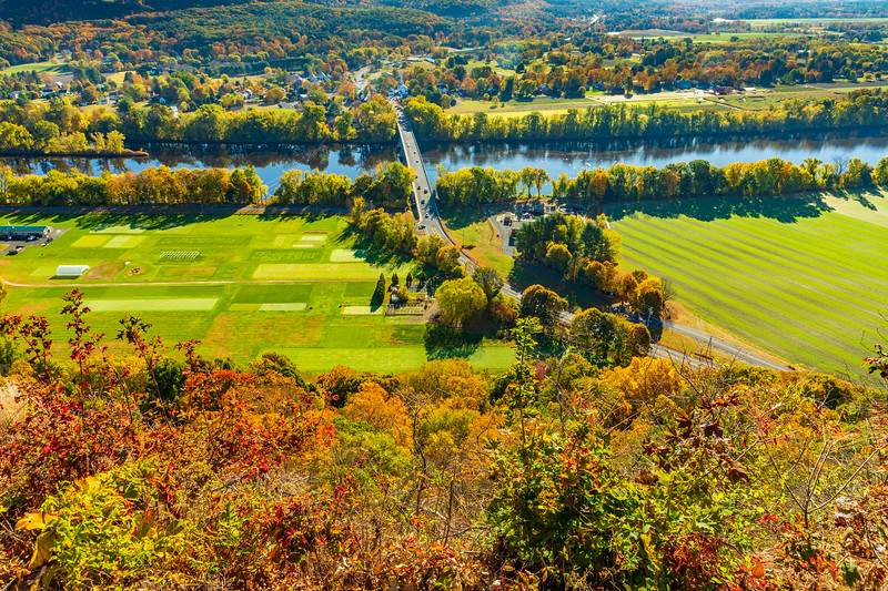 Massachusetts-South Deerfield-View from Mount Sugarloaf State Reservation
