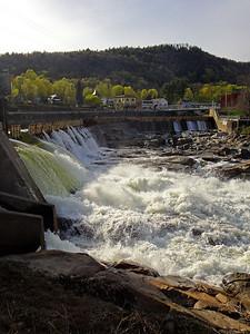 Buckland Mass w Salmon Falls