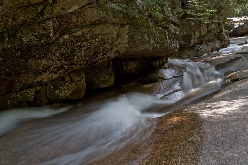 Cascades near the Kinsman falls