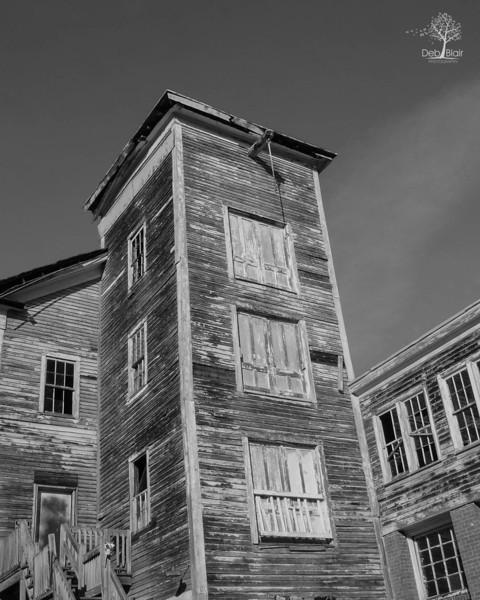abandoned mill in Massachusetts