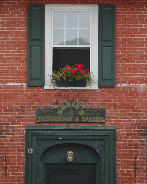Nonies Window Flower Box