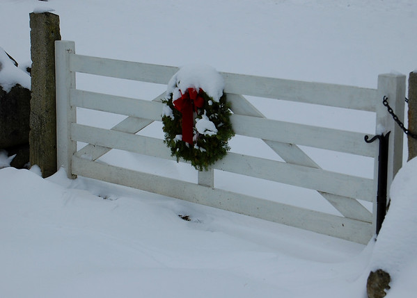 Wreathed Gate in Jaffrey Center
