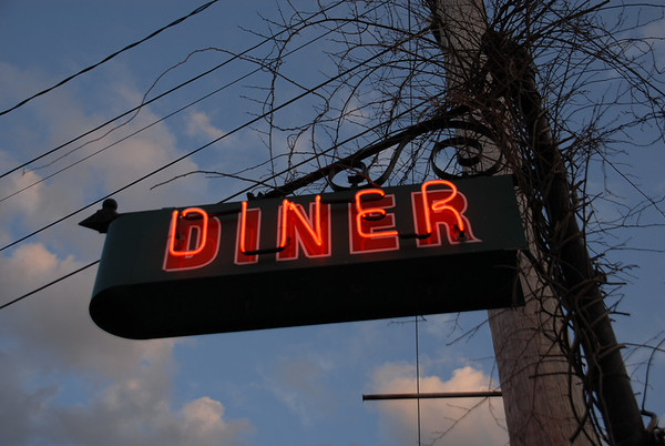 Peterborough Diner Neon Sign2