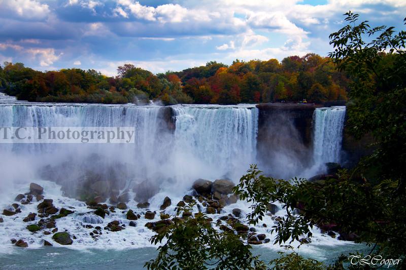 The American Falls at Niagara Falls, CA