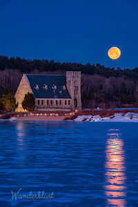 Supermoon at Old Stone Church