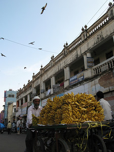 street view - banana seller