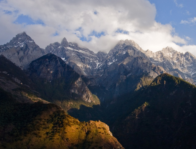 Cloudy Peaks, Tiger Leaping Gorge
