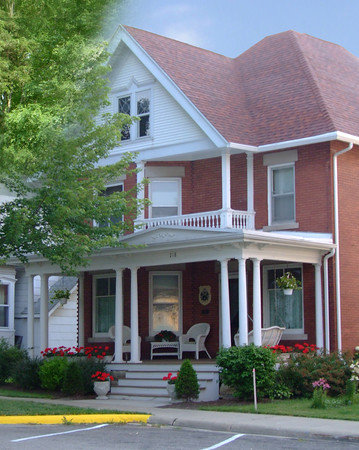 Hoch Haus Bed & Breakfast located at 218 2nd Street, New Glarus, <br /> Experience gracious turn-of-the-century living in the heart of the village. Walk to the tastes and treasures of New Glarus.