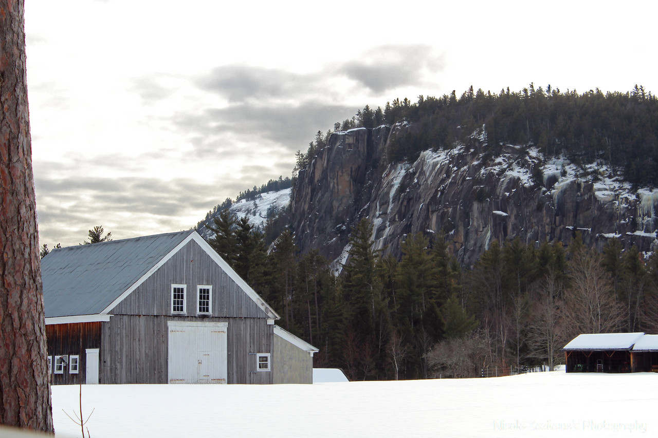 The Barn by the Ledge