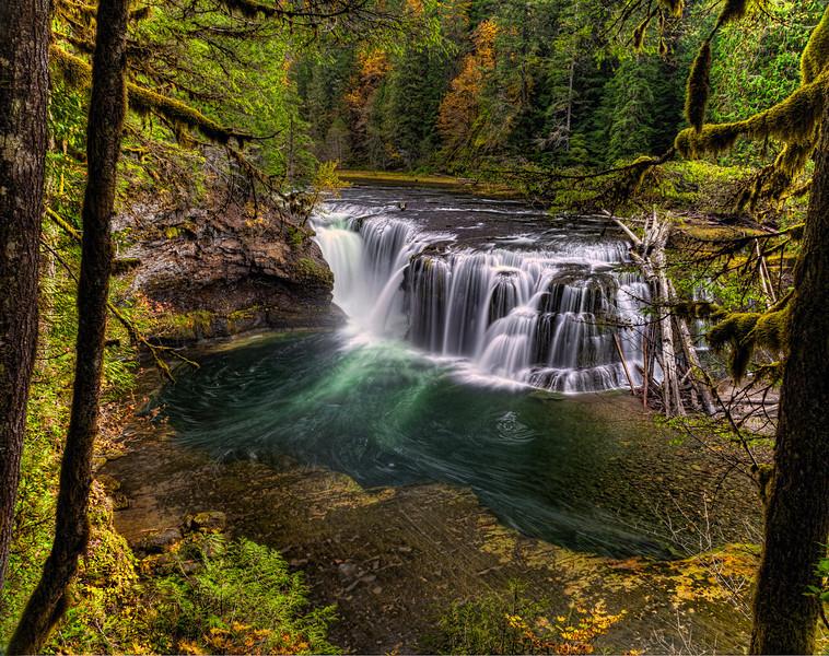 Spectacular Lower Lewis Falls