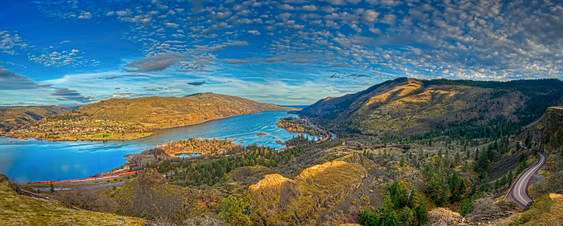 Early Spring on the Columbia River at Rowena Crest