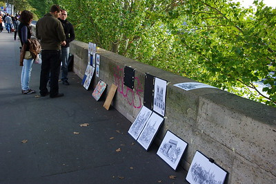 Art For Sale Along the Seine