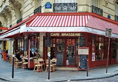 Le Dante Cafe Restaurant on the Rue Dante