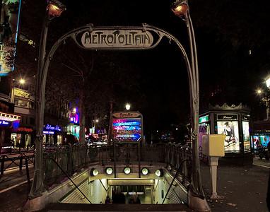 Metropolitain (Paris Subway Entrance)