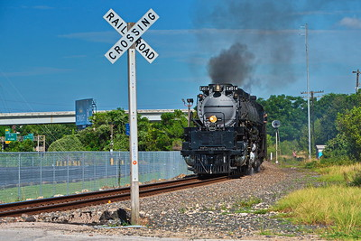 Big Boy Approaching the Grade Crossing at 900 Trentham Pl