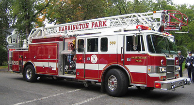 Harrington Park L569 Pierce Lance 75ft rma quint (ps)