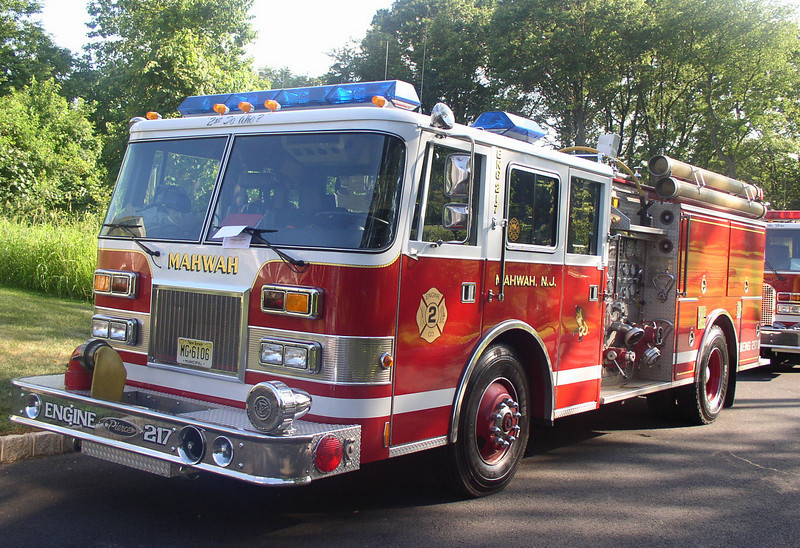 Mahwah E217 1994 Pierce Arrow 1500gpm 500gwt - by Pat Peluso