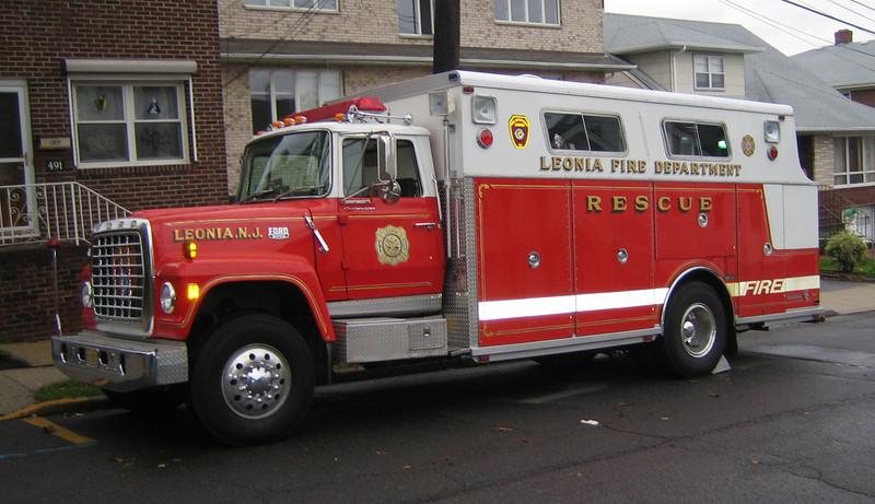 Leonia Rescue 1980 Ford-Saulsbury retired
