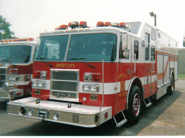 Jersey City R1 2002 Pierce Lance