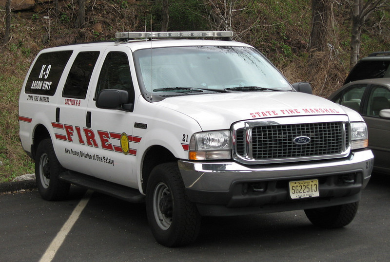 NJ Fire Marshal Unit 21 K-9 Ford Expedition (ps)