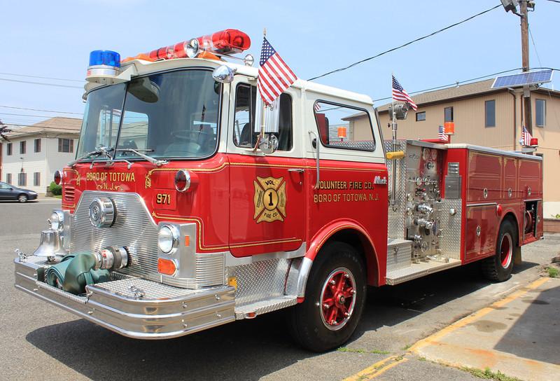 Totowa, NJ E971 1986 Mack CF Ward 79 1250gpm 500gwt