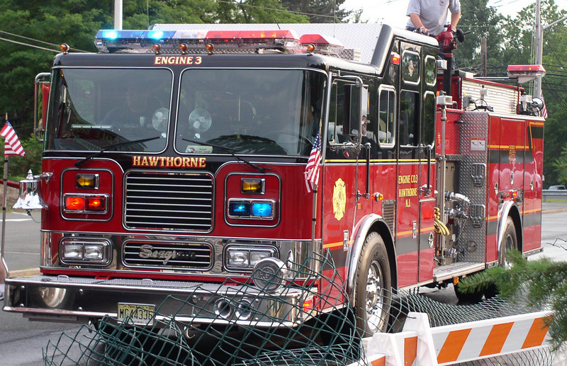 Hawthorne E3 2002 Seagrave 2000gpm 500gwt 40gft - by Pat Peluso