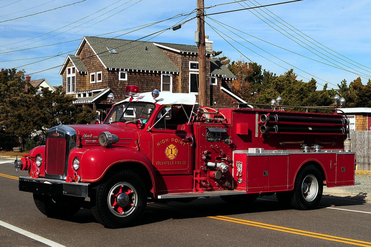 High Point  Fire Co #1  1959 Mack B-85  750/ 500