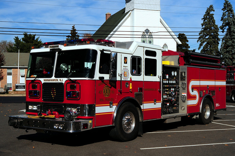 Manahawkin Fire Dept  Engine  47-51  2004 Seagrave  2000/ 1000