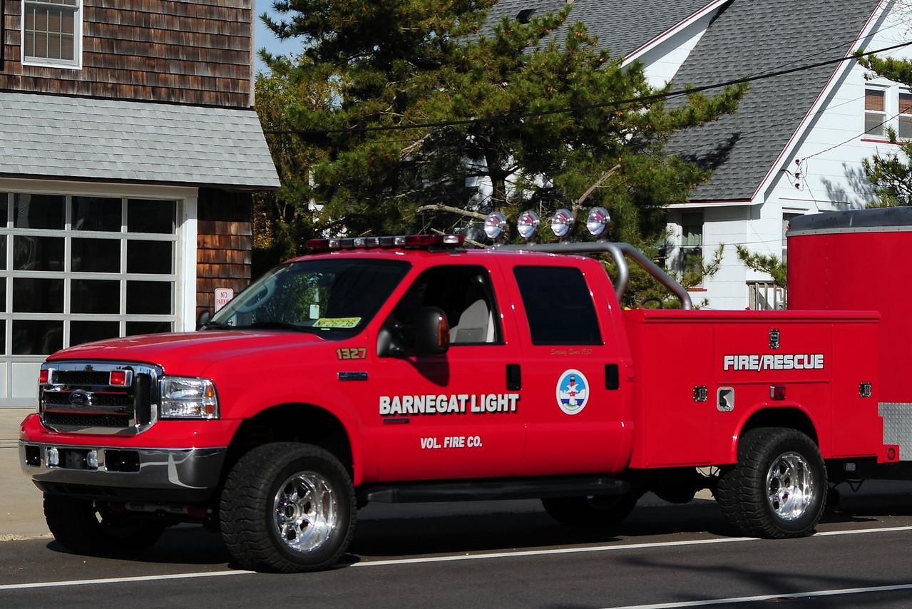 Barnegat Light  Water Rescue  1327  2005 Ford f-350/ Reading body