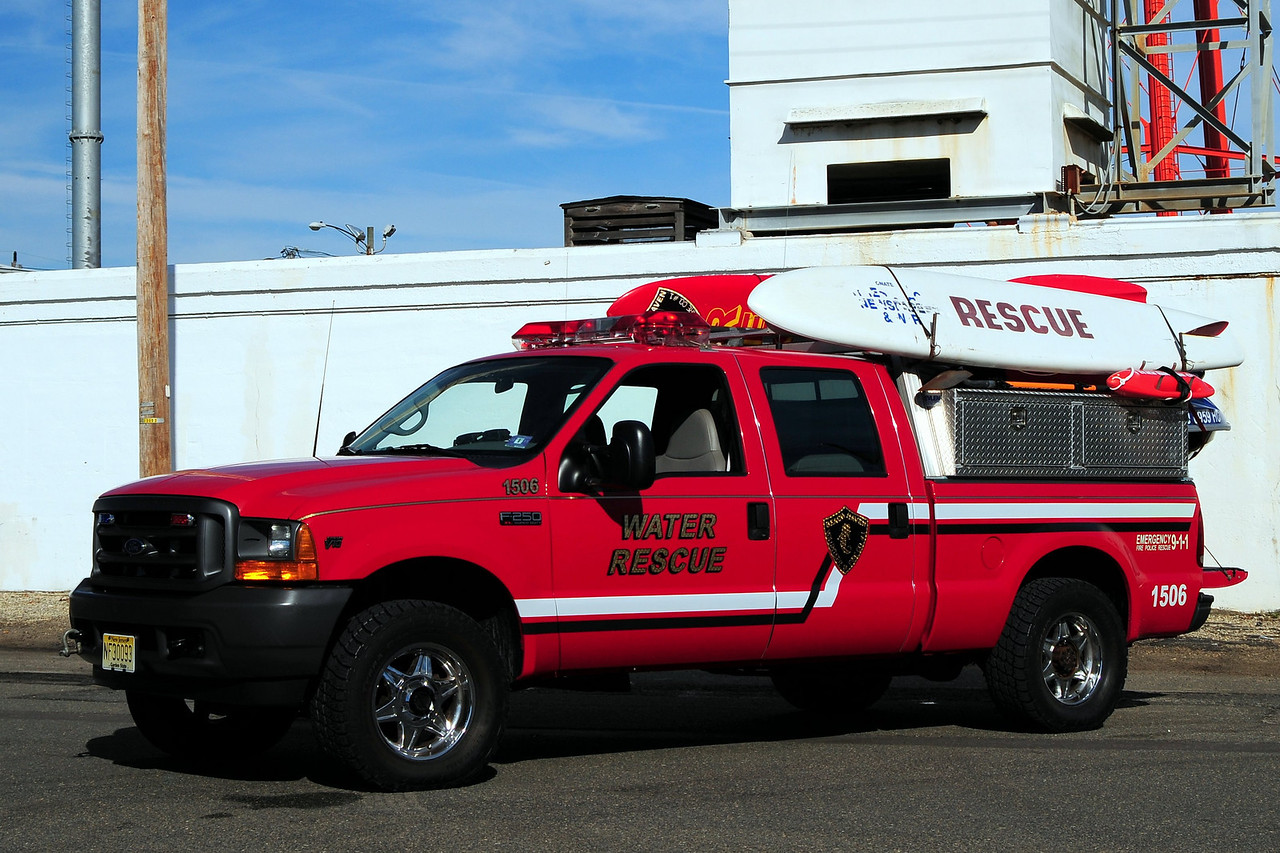 Beach Haven Fire Dept    Water Rescue  1506  2001 Ford F-250  W/ Jet Ski  in  bed of  truck