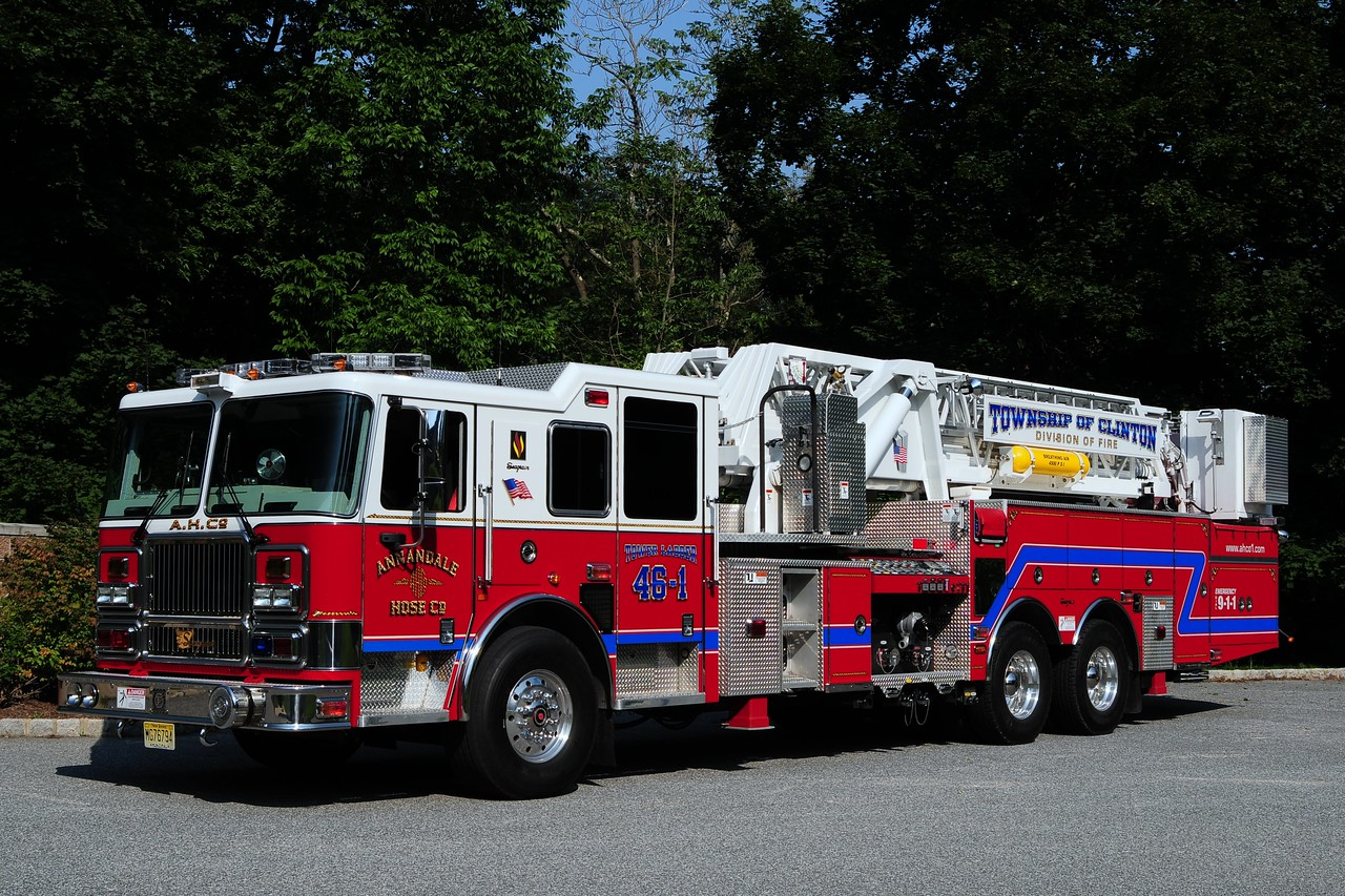 Annandale  2007 Seagrave  1750/ 300 /100ft  Tower Ladder