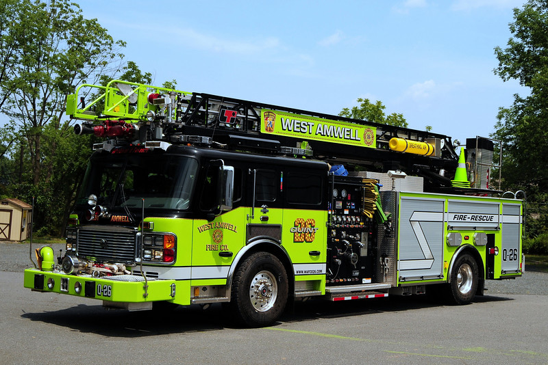 West Amwell Twp  Quint  26  2007 American La France/  LTI  2000/ 400/ 50 CAFS 75  Ft Ladder