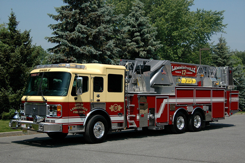 LAMBERTVILLE, NJ 2007  AMERICAN LA FRANCE  75FT MID MOUNT LADDER