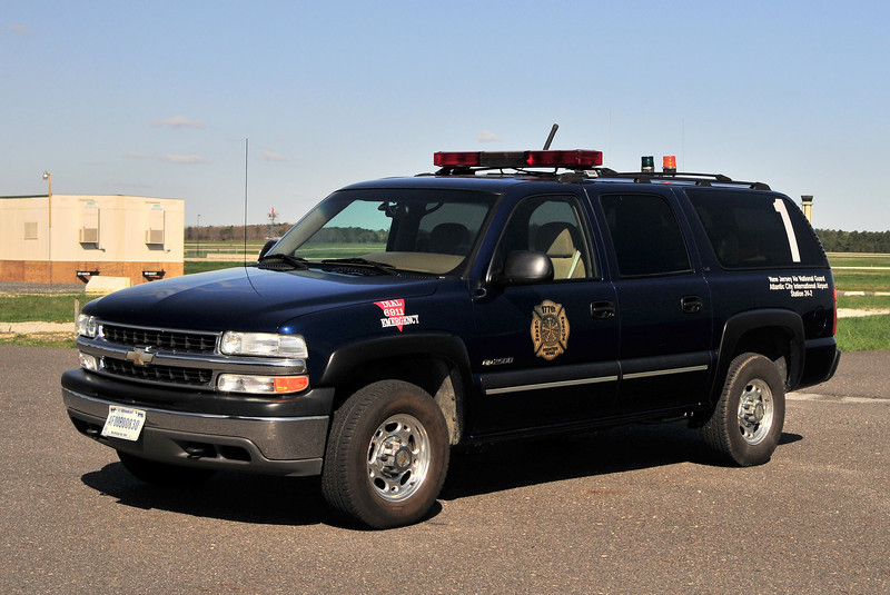 USAF   New Jersey Air National Guard Chief 1                2000 Chevy Suburban