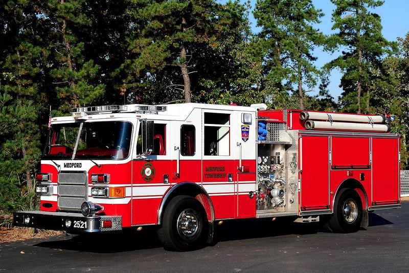 Taunton Fire Co  Engine  2521  2007 Pierce  Enforcer  1500 / 750