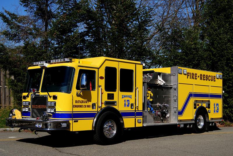 Roxbury Twp NJ Engine Co 1, Engine 13 2011 KME Predator 1500/ 750/ 25