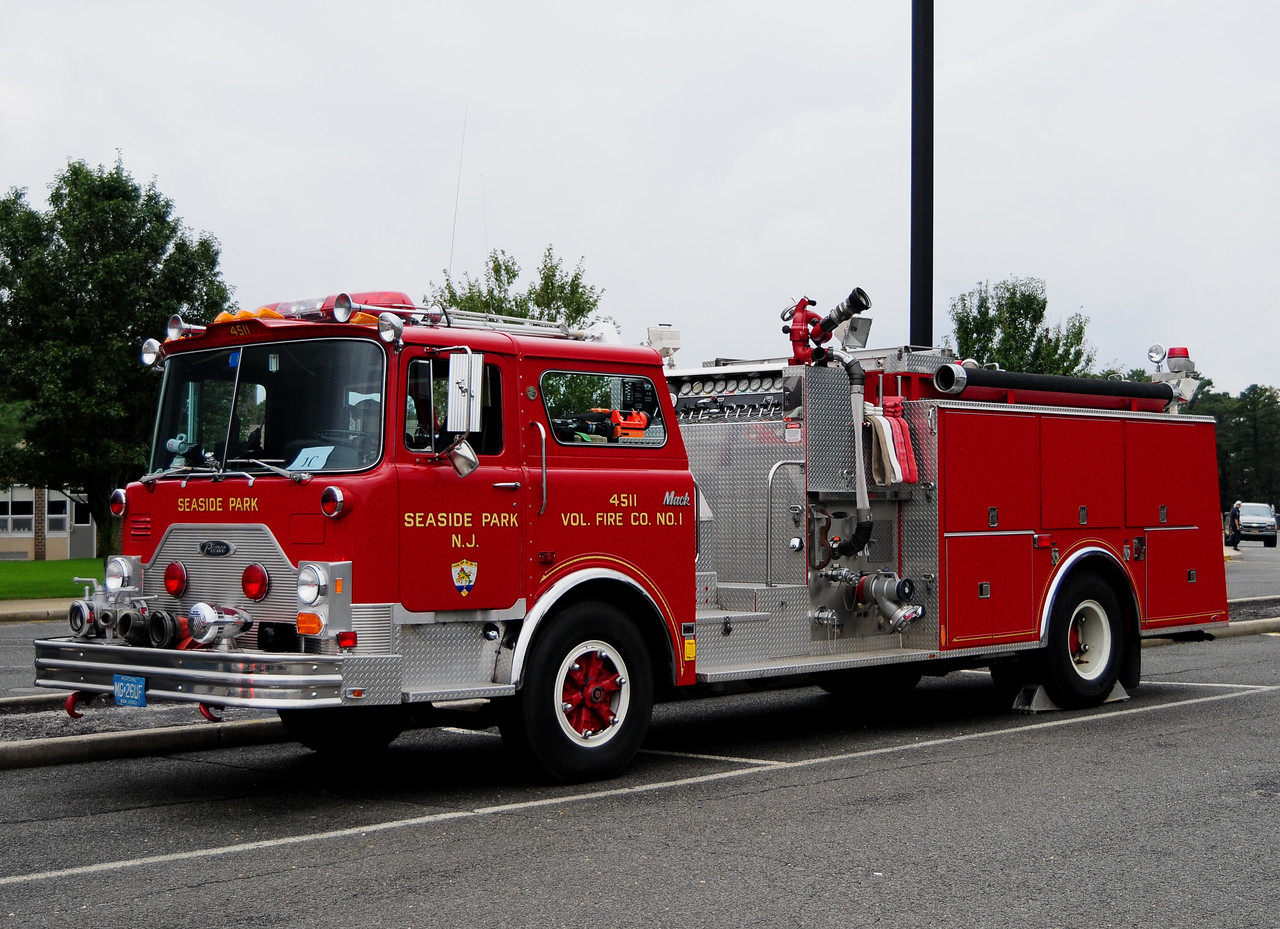 Seaside Park NJ  1988 Mack CF Pierce 1250/1000 This is beleived to be the Very Last MACK CF ever made !