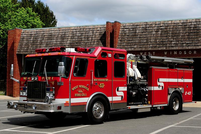 West Windsor fire co   Engine  43  1998 Emergency-One  Cyclone II  2500/  500