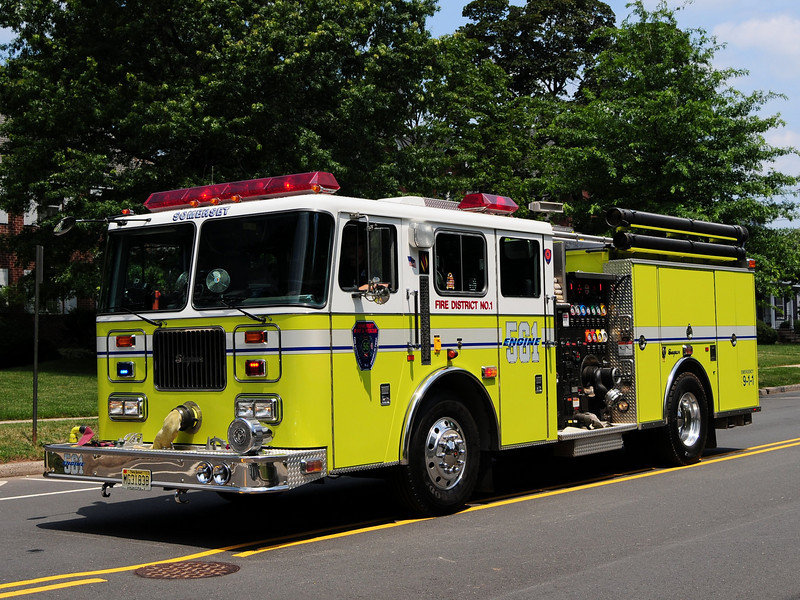 Somerset Fire Dept  Engine 56-1  1998 Seagrave