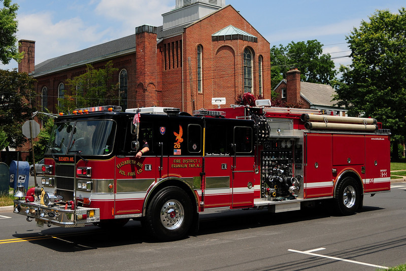 Elizabeth Av  Engine  26-1  1994 Pierce Lance  2000/ 500 / 40