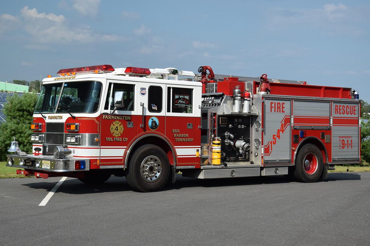 Farmington Fire Company Engine 15-44