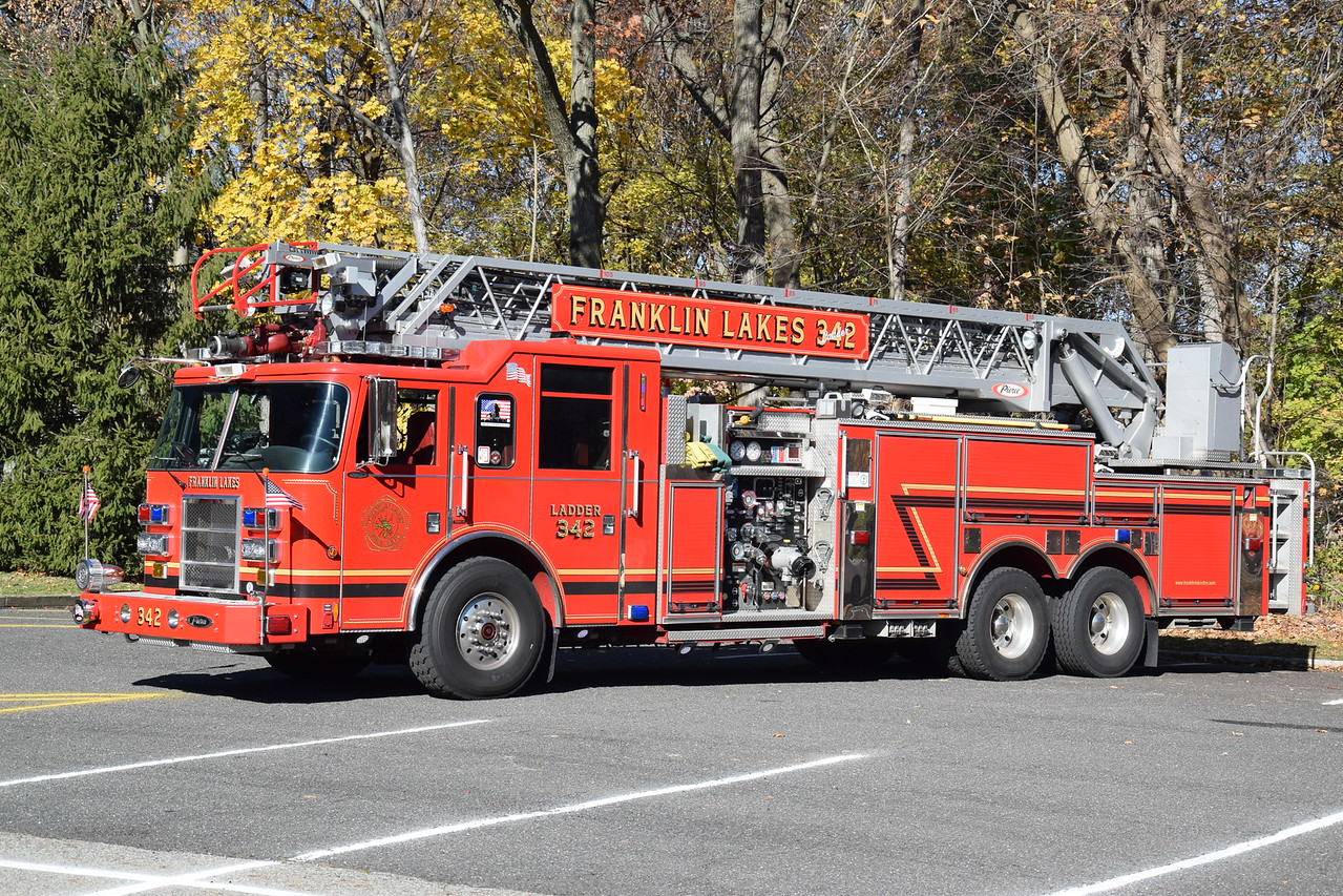 Franklin Lakes Fire Department Ladder 342