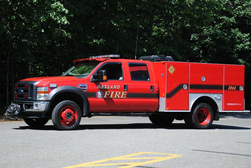 Oakland Fire Department, Oakland Utility 1044
