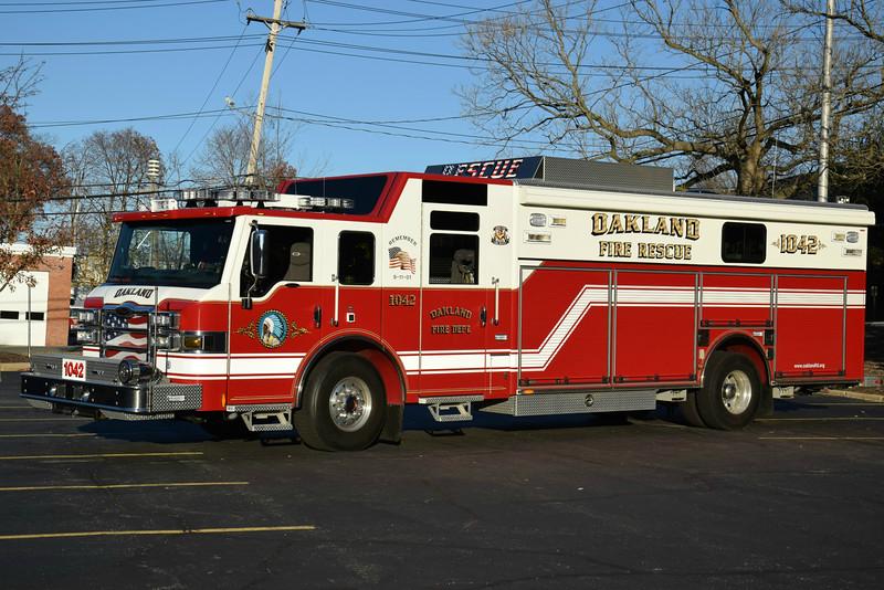 Oakland Fire Department Rescue 1042
