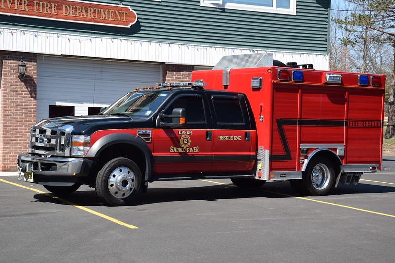 Upper Saddle River Fire Department Rescue 1242