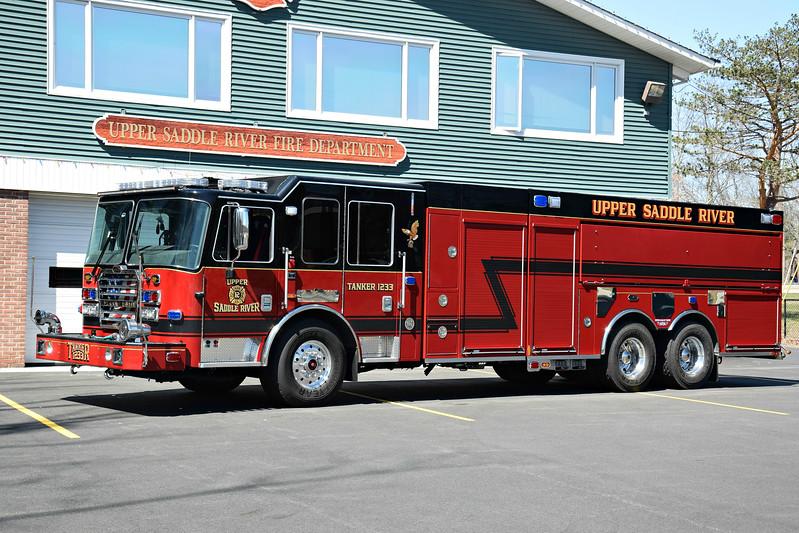 Upper Saddle River Fire Department Tanker 1233