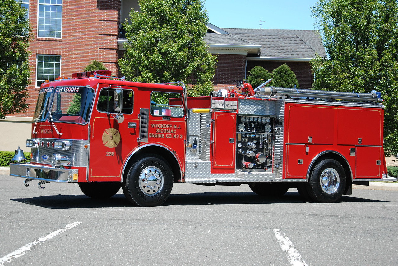Wyckoff Fire Department Engine 236